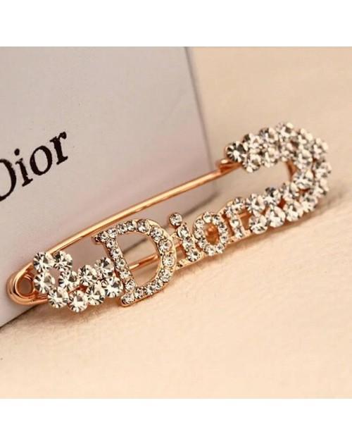 ディオール ブローチ キラキラダイヤモンド付き ファッションオシャレ